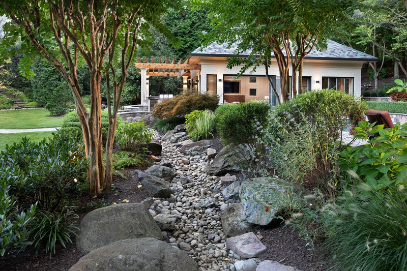 Cinocci_Pool House_Rock Bed_Rock Path.jpg